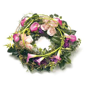 Unique funeral wreath