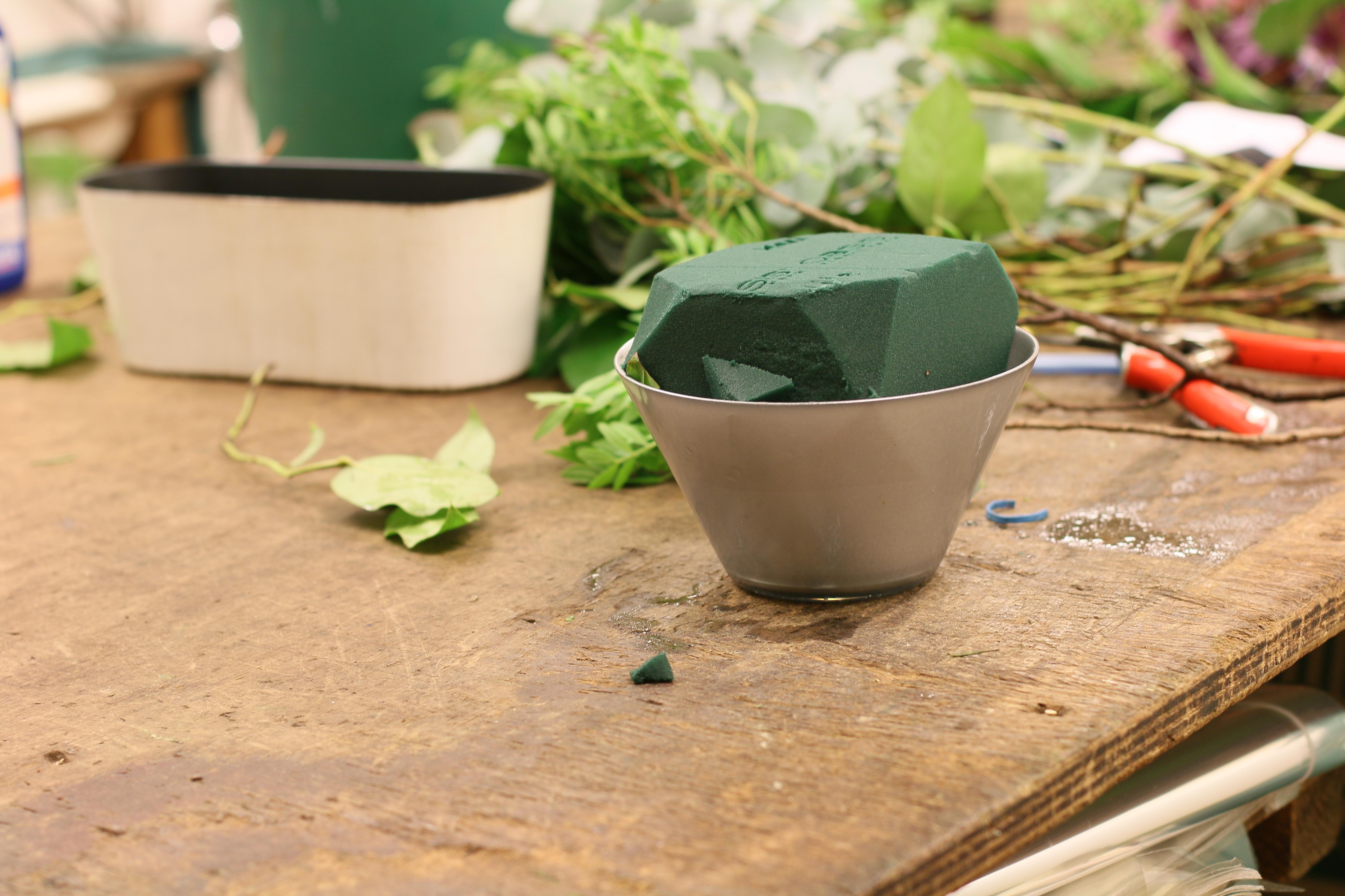 wie bleibt flieder in der vase haltbar